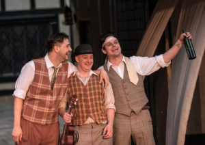 David Janosik as Sir Toby Belch, Luke Schares as Feste and Evan Nasteff as Sir Andrew Aguecheek