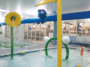 American Family Fitness at Virginia Center Commons has an adorable activity pool for the kiddos – including a tall spurting flower.